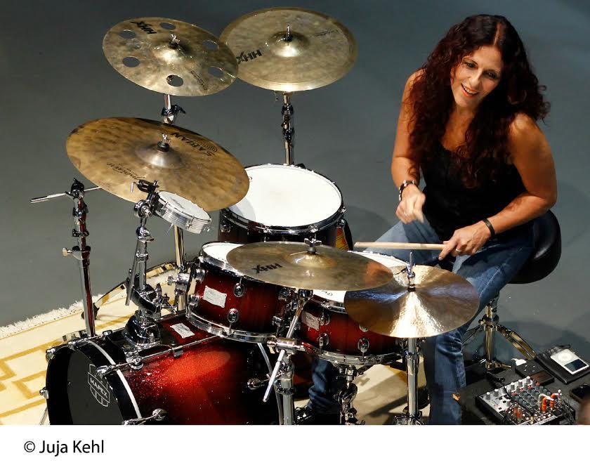 Vera Figueiredo, baterista e curadora dos projetos Sesc Musicais